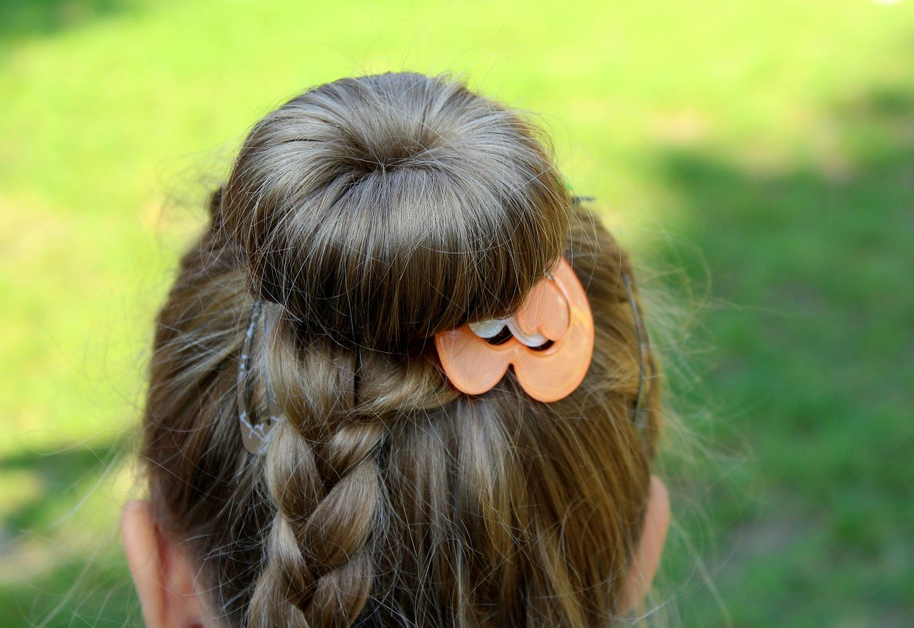 acessório no cabelo