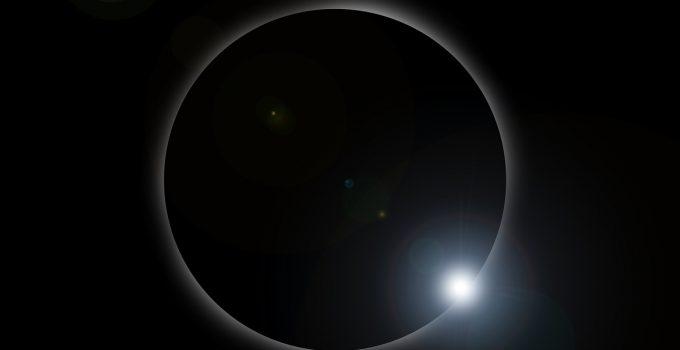 eclipse solar e lunar em 2021